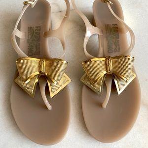 Ferragamo Metallic Gold Bow Jelly Thong Sandals 8